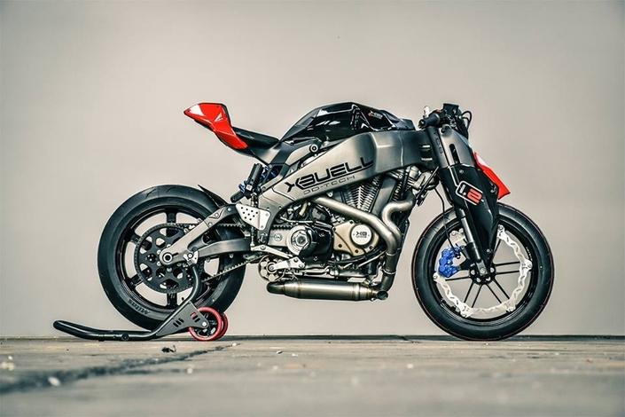 Petrol Head, le magazine des motos uniques et iconiques arrive en kiosque