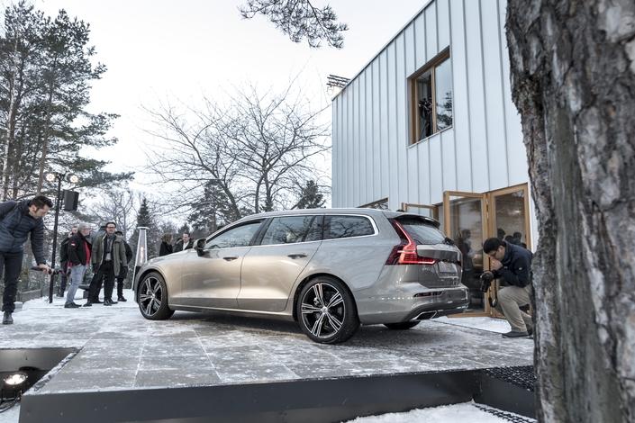 Volvo présente les tarifs du nouveau break V60