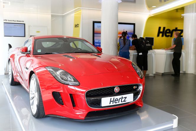 Hertz ajoute la Jaguar F-Type Coupé à sa Dream Collection
