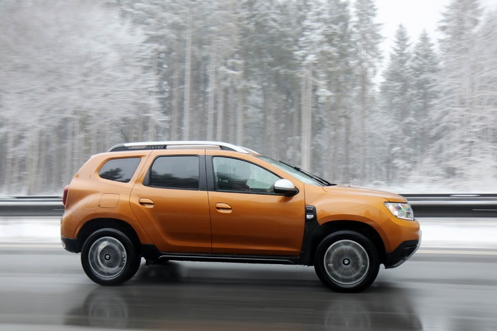 essai longue dur e 25 000 km en dacia duster dci. Black Bedroom Furniture Sets. Home Design Ideas