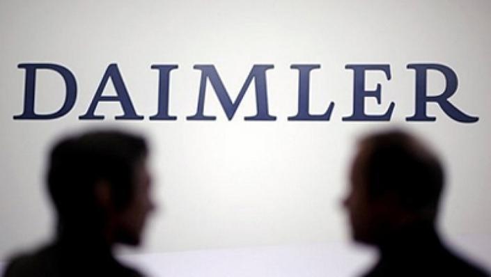 Daimler : 2,6 milliards d'euros pour des camions électriques