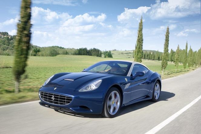 Genève 2012 : Ferrari California 2012, plus de muscles, moins de poids