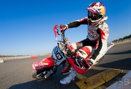 Supermotard 2013: Lazzarini devient manager en plus de pilote