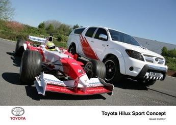 Toy HiLux Sport Concept: La F.1 prend de la hauteur