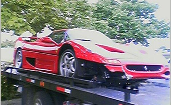 Le FBI assigné en justice pour avoir crashé une Ferrari F50