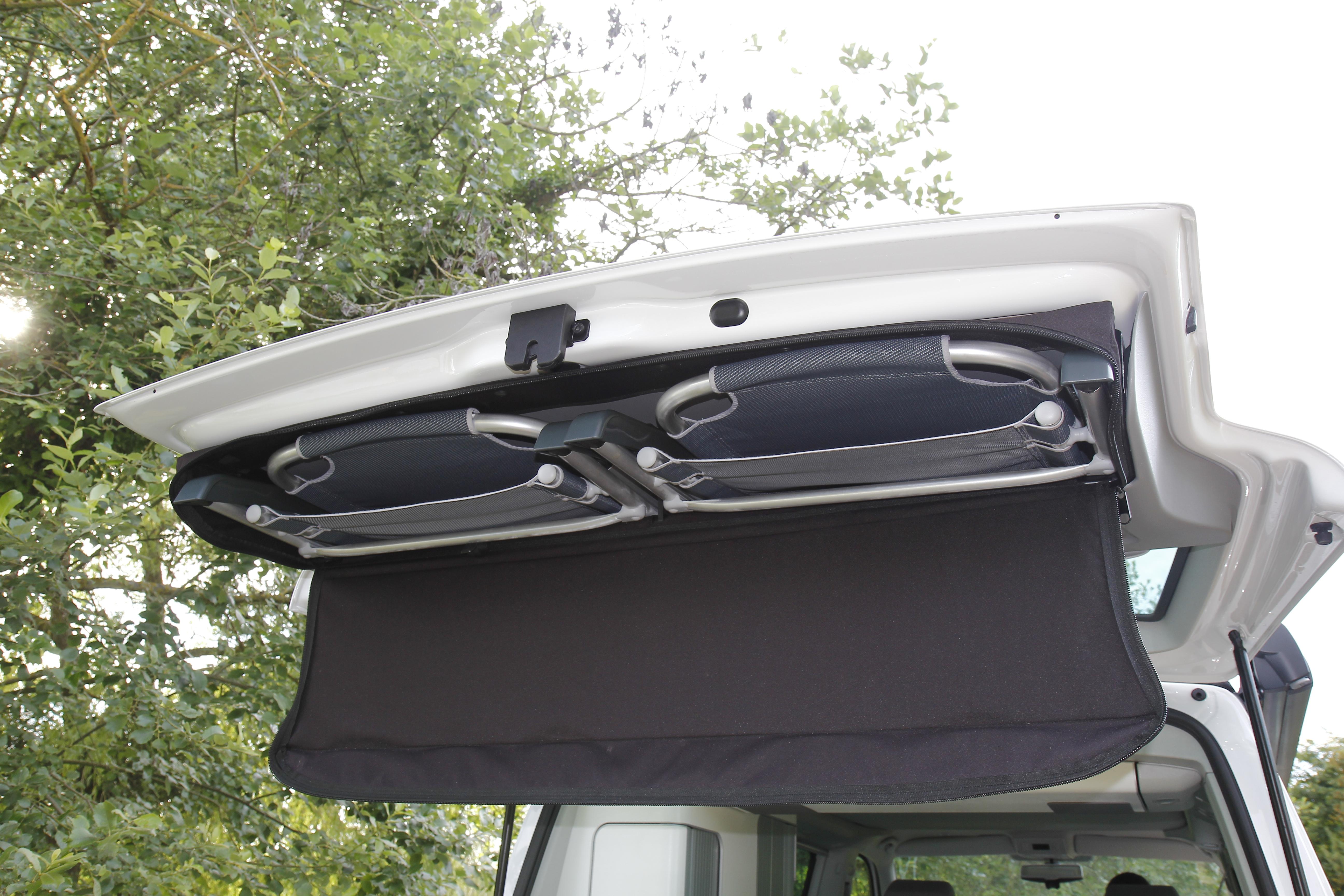 sp cial vacances on a dormi dans un van. Black Bedroom Furniture Sets. Home Design Ideas
