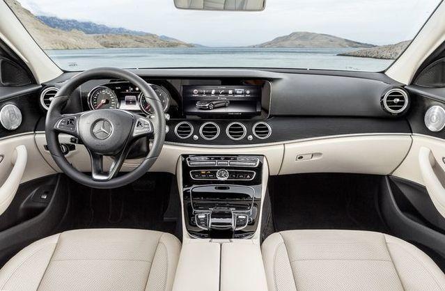 Salon de Genève 2016 - Mercedes Classe E : classique