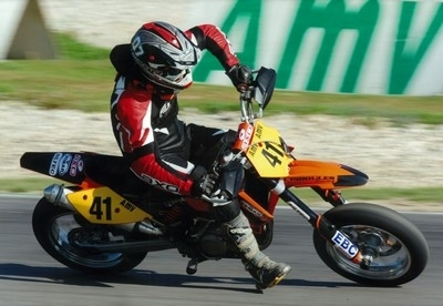 Apprendre la glisse en 2009: Stage de Supermot' Mix Racing TT.