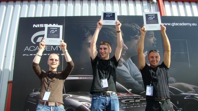 Nissan GT Academy, les qualifiés français partent à Silverstone