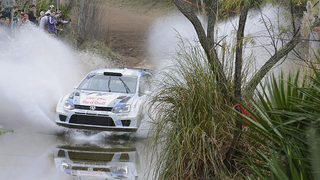 WRC Argentine Jour 2 :  Loeb et Hirvonen tentent de suivre Ogier