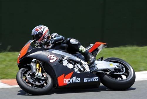 Superbike - Test Kyalami: Du travail pour Aprilia sur une RSV4 bien née