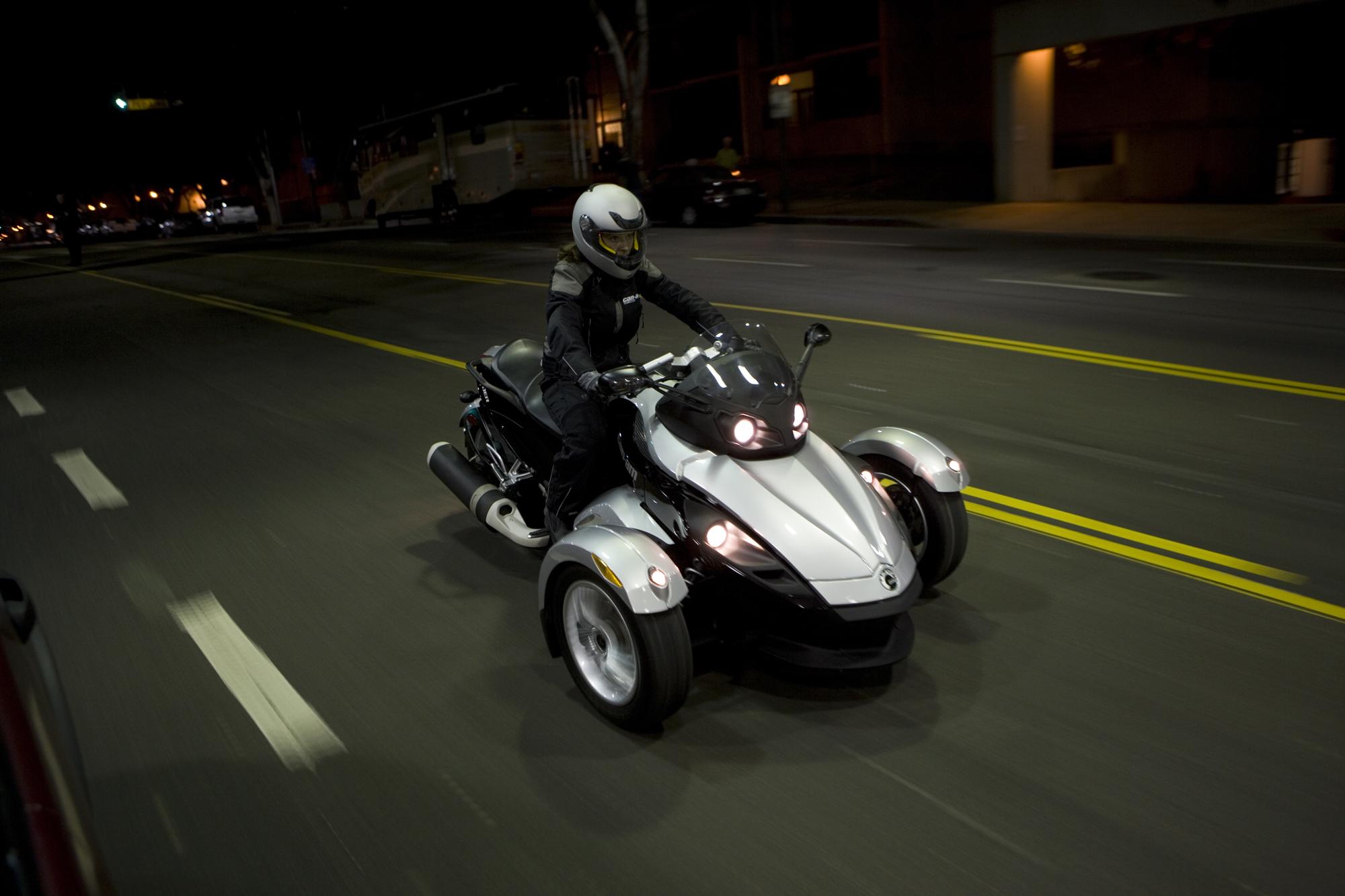 мотоцикл с двумя колесами спереди фото нас