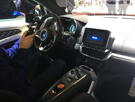 Alpine A110 Pure et Légende : les versions grand public - Vidéo en direct du salon de Genève 2018