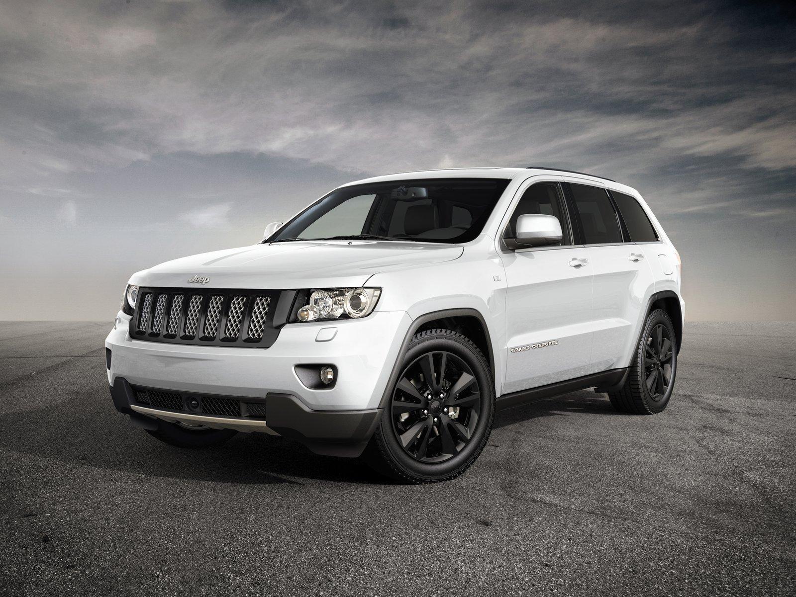 http://images.caradisiac.com/images/6/5/0/2/76502/S0-Un-Jeep-Grand-Cherokee-Sports-Concept-au-Salon-de-Geneve-254827.jpg