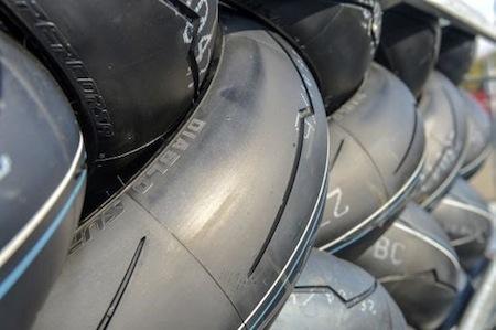 Championnat du Monde Superbike: le GP d'Autralie... côté pneu