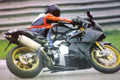 Superbike: Fogarty et la piste Aprilia