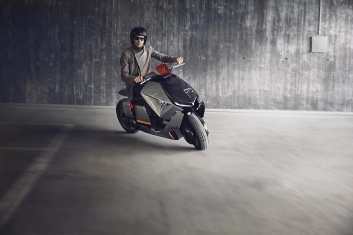 Stephan Schaller, DG de BMW: «le véhicule électrique sera urbain»
