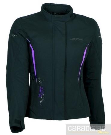Nouveauté 2011 pour les filles: la veste Bering Lady Laurene.