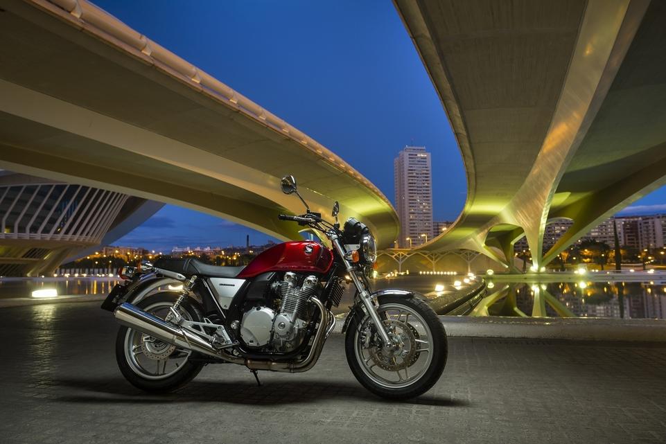 Honda CB 1100 : une pure « néo-classic » du XXIème siècle