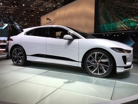 Jaguar ne nous a pas habitué à des museaux aussi courts mais cela fonctionne quand même.