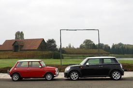 Vidéo - Mini Cooper 1300 de 1991 vs Mini Cooper de 2011 : maxi duel