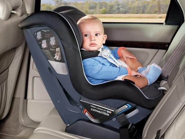 Danger: 2 enfants sur 3 sont mal attachés en voiture