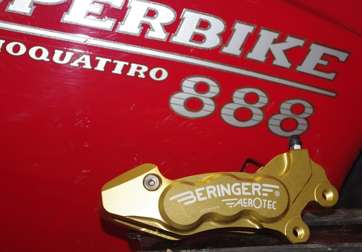 Reportage chez Beringer: devenez ceinture noire de la purge et du changement de liquide de frein