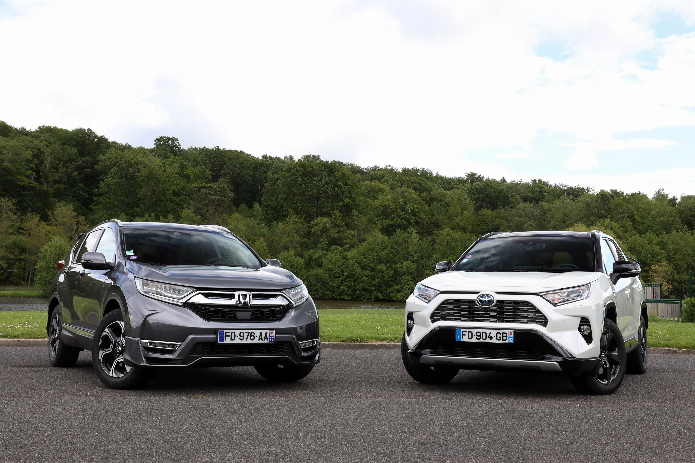 Comparatif Voiture Hybride >> Comparatif Video Honda Cr V 2 0 I Mmd Vs Toyota Rav4