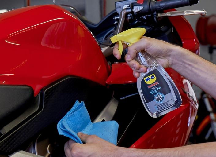 WD-40 Specialist Moto: nouveau Nettoyant Complet en 500 ml