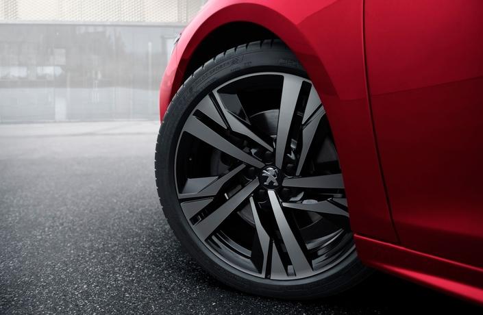 Peugeot 508: une série limitée de lancement First Edition dès 48750€