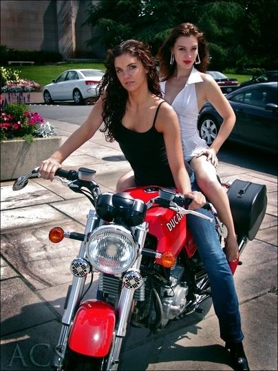 Bonne année Moto & Sexy 2009
