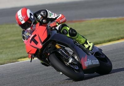 Superbike - Aprilia: Simoncelli attendu sur la RSV4 pour le début de saison !