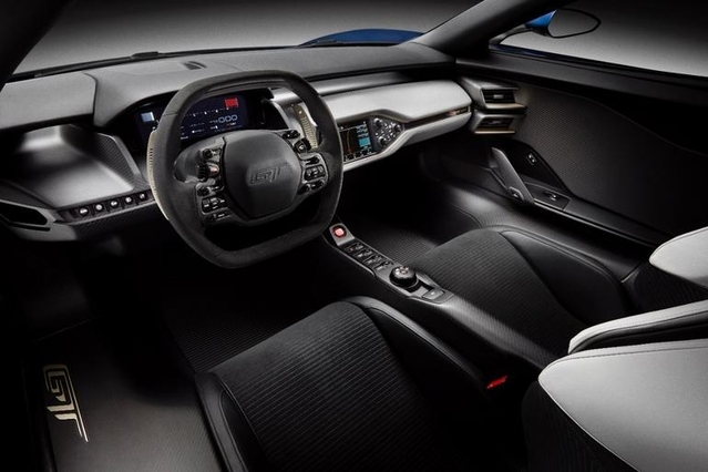 La Ford GT exhibe son habitacle