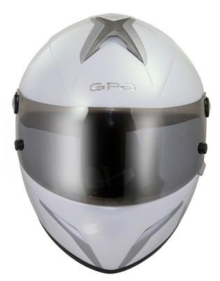 X100, casque racing par GPA.