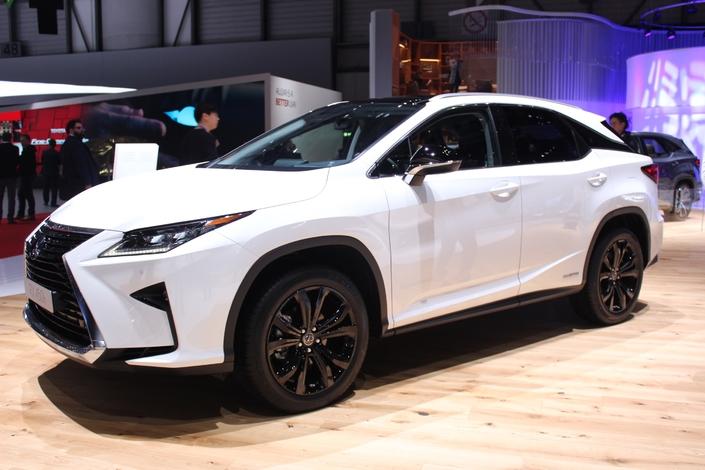 Lexus RX 450 L : hybride familial - Vidéo en direct du salon de Genève 2018