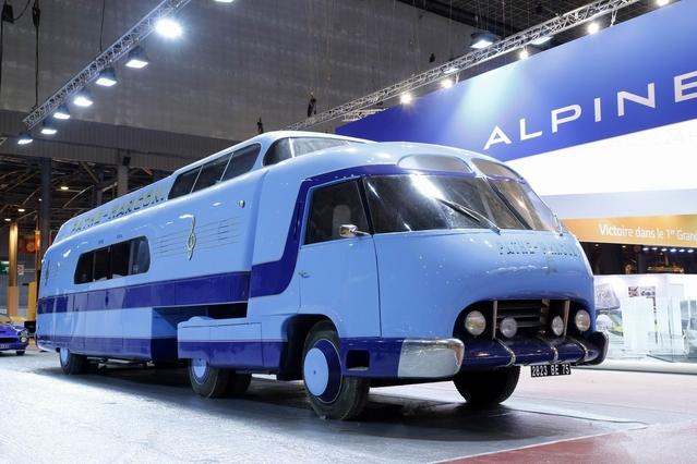 Rétromobile 2016 - A la découverte du surprenant bus Pathe Marconi (vidéo)