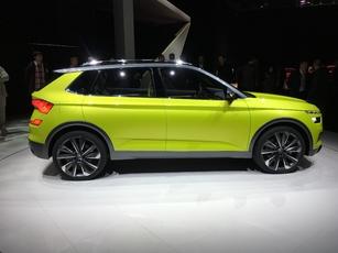 Avec 4,25 m de long, le Vision X fait le gabarit d'un VW T-Roc. Le futur SUV de série en sera un rival.