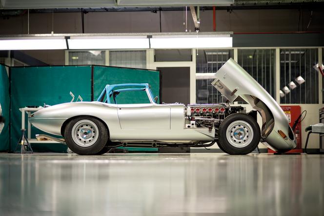 """Jaguar dévoile sa """"nouvelle"""" Type E Lightweight!"""