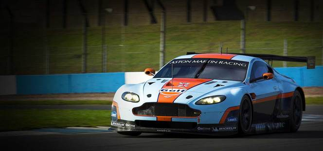 vid o nouvelle aston martin vantage gte pour le wec et le mans. Black Bedroom Furniture Sets. Home Design Ideas