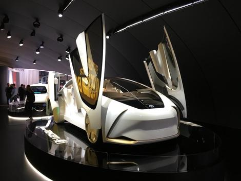 Le Concept-i en jette niveau style, c'est un fait. Très futuriste, mais évidemment pas très pratique.