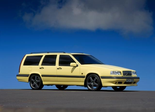 Volvo annonce la V90 avec l'histoire des breaks de la marque
