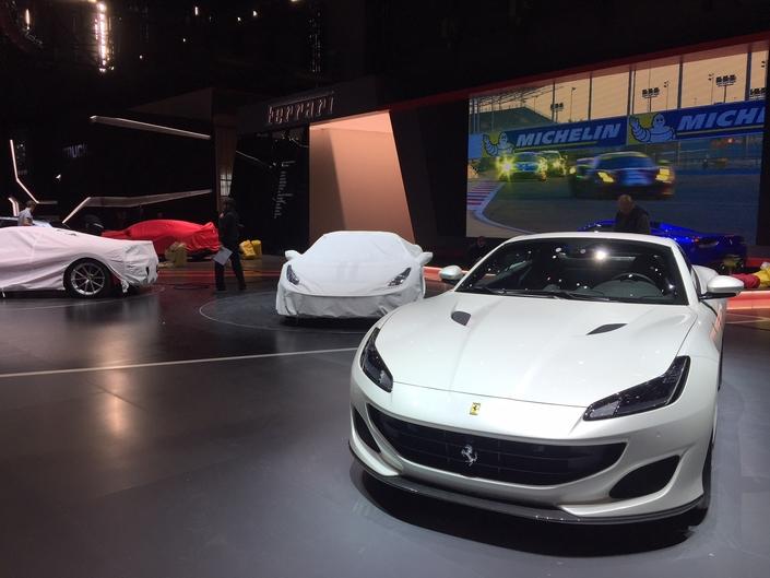 Deux nouveautés chez Ferrari, avec les Portofino et 488 Pista.