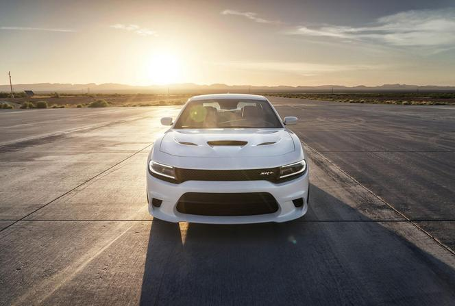 Novelle Dodge Charger SRT Hellcat: simplement la berline la plus puissante au monde!