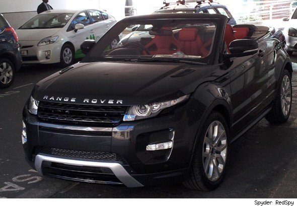 le range rover evoque cabriolet en fuite dans londres. Black Bedroom Furniture Sets. Home Design Ideas