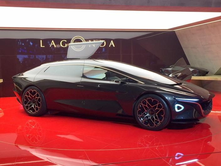 Le profil de la Lagonda Vision Concept traduit la recherche du meilleur aérodynamisme possible.