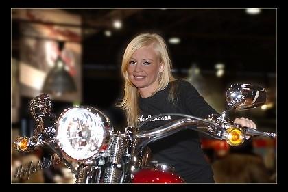 Photo du jour : la moto vue par Günter Hofstädter