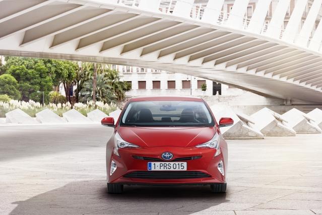La gamme de tarifs de la nouvelle Prius démarre à 30 400 €.