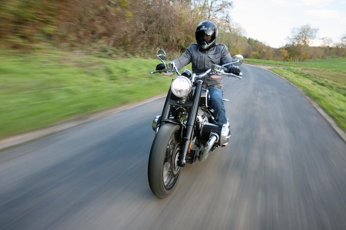 Comparatif – Harley Davidson Fat Boy VS BMW R18 : deux visions du cruising S1-comparatif-harley-davidson-fat-boy-vs-bmw-r18-deux-visions-du-cruising-654016