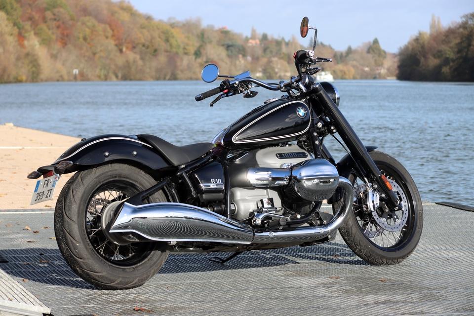 Comparatif – Harley Davidson Fat Boy VS BMW R18 : deux visions du cruising S8-comparatif-harley-davidson-fat-boy-vs-bmw-r18-deux-visions-du-cruising-654000