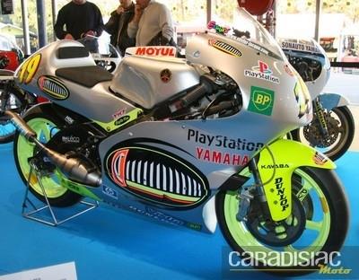 Salon Moto Légende 2011 jusqu'à demain soir...
